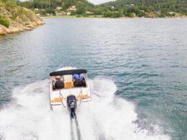 łódź w ślizgu